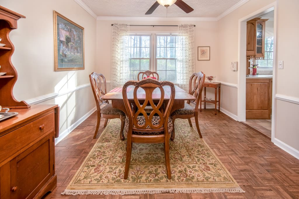 Full-sized Dining Room Next To Kitchen